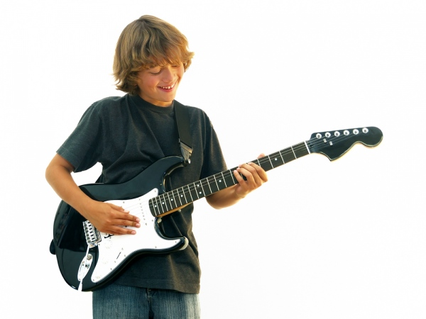 Guitar classes for children in London