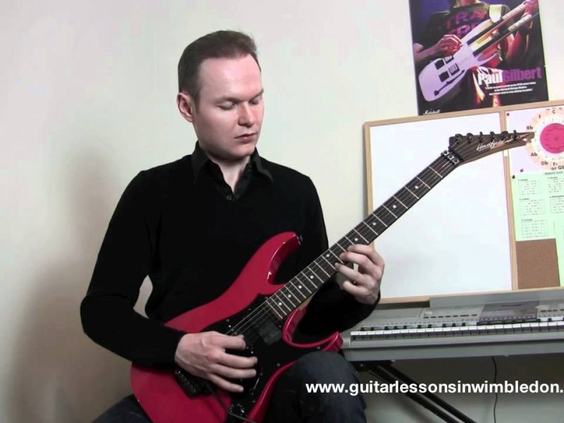 How To Link Positions Of A Minor Pentatonic Scale On The Whole Neck Of The Guitar