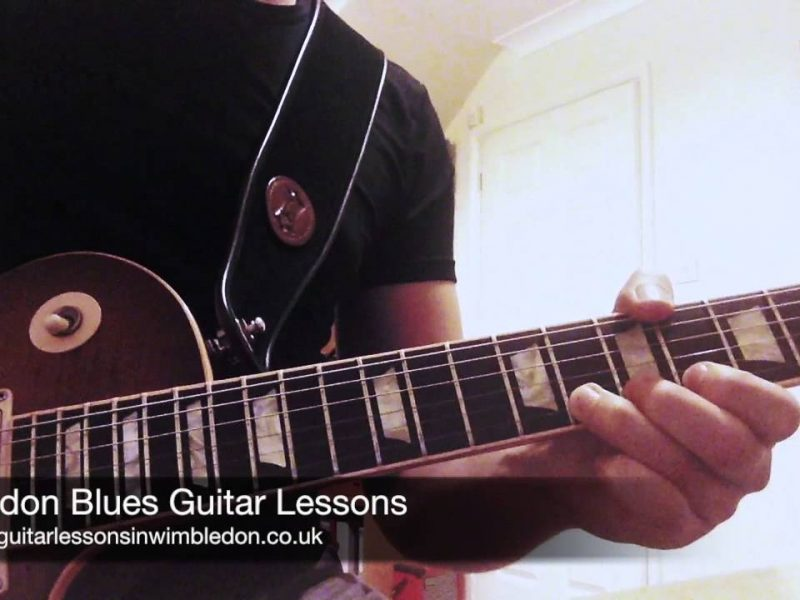 Blues Guitar Lick Of The Week Episode 12. Jazz Influenced Major Blues. London Blues Guitar Lessons For Beginners And Intermediate Players