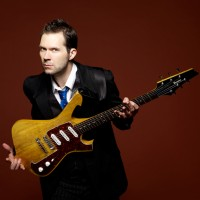 LONDON BLUES GUITAR LESSONS:Blues Lick Of The Week, Episode 29, Paul Gilbert Blues Scale Lick In A, Fast Blues Lick