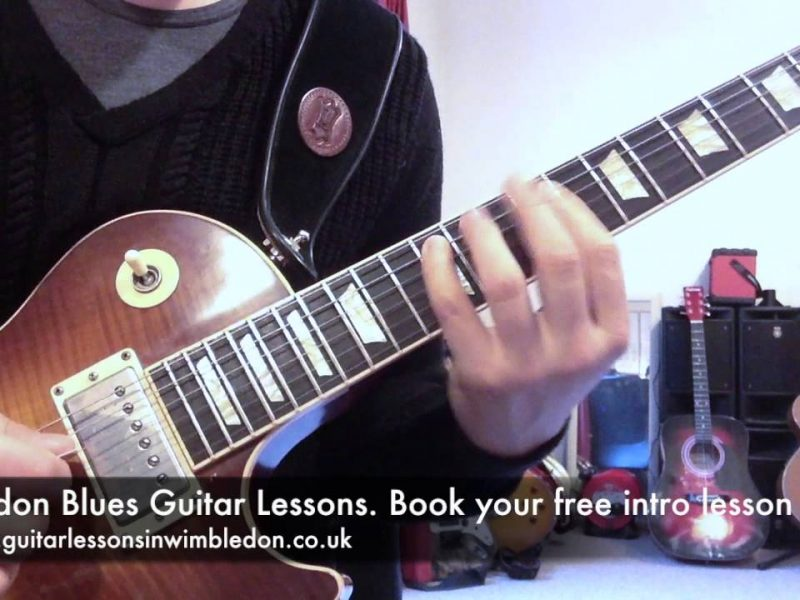 LONDON BLUES GUITAR LESSONS: Jimi Hendrix Double Stops Lick. Episode 35 Of Free Blues Lick Of The Week.